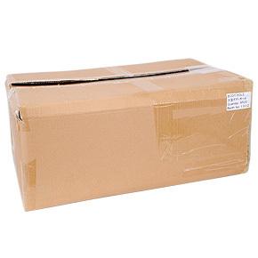 パッケージはなく、ビニール包装された本体がダンボールに納められ、緩衝材でガッチリ固定・保護されています。