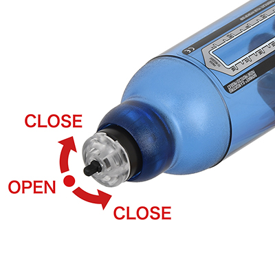 排水バルブにはOPEN/CLOSEを切り替えるスイッチが装備され、使用中に必要以上の水が漏れるのを防ぎます。