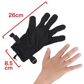 グローブはフリーサイズです。一般的な成人男性の右手なら、問題なく装着できます。 ※数値はNLS実測値